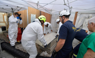 Vatican workers open tombs